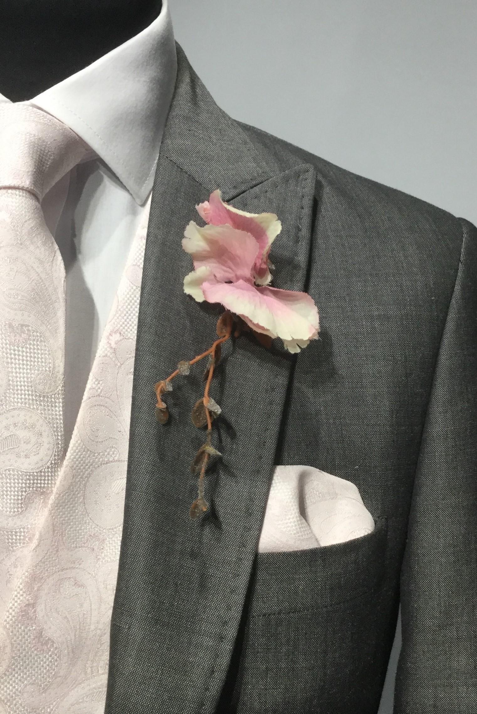 Silver Grey Mens Wedding Hire Suit with floral tie by Black Tie Menswear, Berkshire